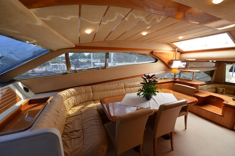 Mary Luxury Yachting